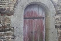 Domaine de Keravel - porte provenant de la Chapelle Saint-Christophe en Lézardrieux